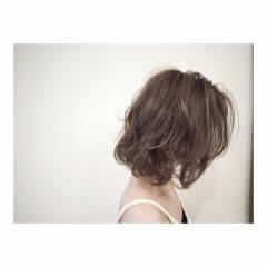 ボブ グラデーションカラー マルサラ 外国人風 ヘアスタイルや髪型の写真・画像