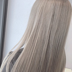 ロングヘアスタイル ロング レイヤーロングヘア ミルクティーベージュ ヘアスタイルや髪型の写真・画像