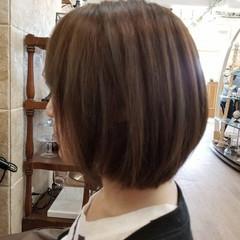 ショート ボブ ベージュ 艶髪 ヘアスタイルや髪型の写真・画像