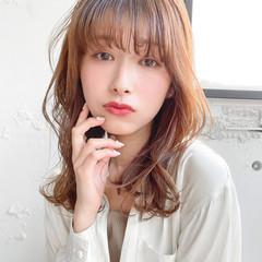 レイヤーカット 韓国ヘア 透明感カラー セミロング ヘアスタイルや髪型の写真・画像