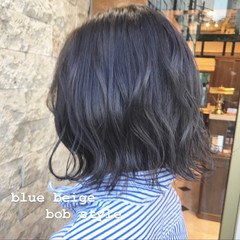暗髪 ナチュラル ブルー ミニボブ ヘアスタイルや髪型の写真・画像