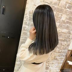 コントラストハイライト シルバー ハイライト 外国人風 ヘアスタイルや髪型の写真・画像