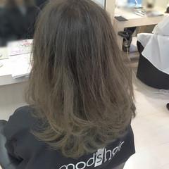 外国人風 アッシュ ブリーチ グラデーションカラー ヘアスタイルや髪型の写真・画像