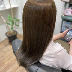 マット エレガント ロング マットグレージュ ヘアスタイルや髪型の写真・画像
