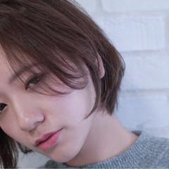 大人かわいい 暗髪 秋 ナチュラル ヘアスタイルや髪型の写真・画像