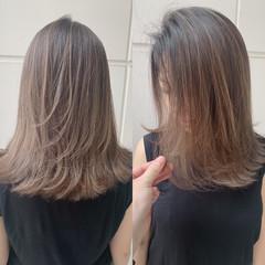 ミディアム ミルクティーベージュ ヘアアレンジ ハイライト ヘアスタイルや髪型の写真・画像