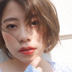 レイヤーカット かわいい ゆるふわ ナチュラル ヘアスタイルや髪型の写真・画像