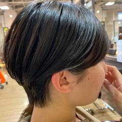 ショートボブ マッシュショート マッシュ フェミニン ヘアスタイルや髪型の写真・画像