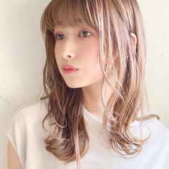 大人ミディアム アンニュイほつれヘア ナチュラル ゆるふわパーマ ヘアスタイルや髪型の写真・画像