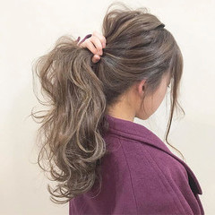 ウェーブ 簡単ヘアアレンジ デート アンニュイ ヘアスタイルや髪型の写真・画像