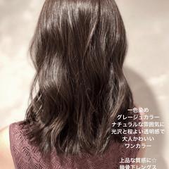 デート アンニュイほつれヘア ナチュラル グレージュ ヘアスタイルや髪型の写真・画像