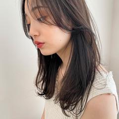 ダークグレー セミロング ナチュラル ダークトーン ヘアスタイルや髪型の写真・画像