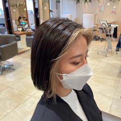 ハイトーン ミルクティー ボブ インナーカラー ヘアスタイルや髪型の写真・画像