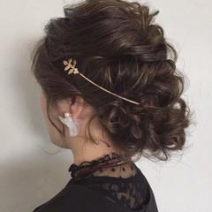 セミロング フェミニン ヘアアレンジ 結婚式 ヘアスタイルや髪型の写真・画像