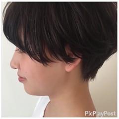 黒髪ショート マッシュショート 刈り上げ 黒髪 ヘアスタイルや髪型の写真・画像