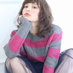 大人かわいい ゆるふわ ミディアム フェミニン ヘアスタイルや髪型の写真・画像