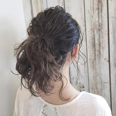 前髪あり フリンジバング 大人女子 ミルクティー ヘアスタイルや髪型の写真・画像