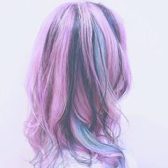 ハイライト グラデーションカラー バレイヤージュ ピンク ヘアスタイルや髪型の写真・画像