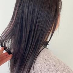 ミディアム ナチュラル エアーストレート アンニュイほつれヘア ヘアスタイルや髪型の写真・画像