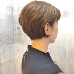 エレガント ボブ イルミナカラー ハイライト ヘアスタイルや髪型の写真・画像