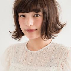 ナチュラル パーマ 色気 黒髪 ヘアスタイルや髪型の写真・画像