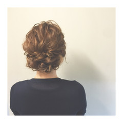 簡単ヘアアレンジ ゆるふわ 夏 セミロング ヘアスタイルや髪型の写真・画像