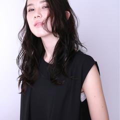 暗髪 ストリート 外国人風 パーマ ヘアスタイルや髪型の写真・画像