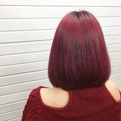 ピンク ミディアム ベリーピンク ラズベリーピンク ヘアスタイルや髪型の写真・画像