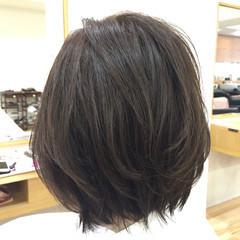 アッシュ 外国人風 ボブ レイヤーカット ヘアスタイルや髪型の写真・画像