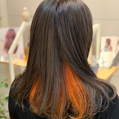 アッシュベージュ ロング オレンジ ブリーチカラー ヘアスタイルや髪型の写真・画像