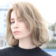 色気 大人かわいい ガーリー 外国人風 ヘアスタイルや髪型の写真・画像