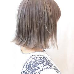 ブリーチ グレージュ 外国人風 ボブ ヘアスタイルや髪型の写真・画像
