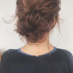 簡単ヘアアレンジ オフィス ヘアアレンジ ガーリー ヘアスタイルや髪型の写真・画像