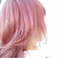レッド ガーリー 外国人風 ピンク ヘアスタイルや髪型の写真・画像