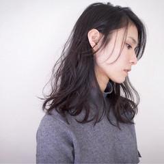 ニュアンス パーマ 黒髪 セミロング ヘアスタイルや髪型の写真・画像