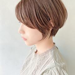 アンニュイほつれヘア ナチュラル 前髪あり ショートボブ ヘアスタイルや髪型の写真・画像