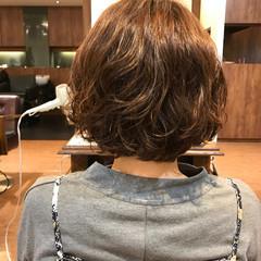 フェミニン ストリート パーマ 簡単 ヘアスタイルや髪型の写真・画像