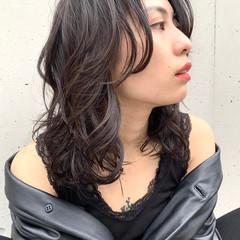 フェミニン アンニュイ レイヤースタイル アンニュイほつれヘア ヘアスタイルや髪型の写真・画像