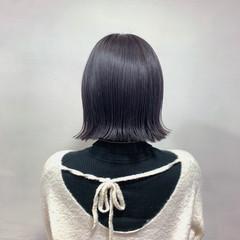 ボブ グレージュ ラベンダーグレージュ 切りっぱなしボブ ヘアスタイルや髪型の写真・画像