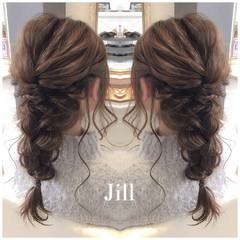ヘアアレンジ フェミニン セミロング 編み込み ヘアスタイルや髪型の写真・画像