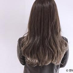 フェミニン ロング ハイトーン 外国人風 ヘアスタイルや髪型の写真・画像