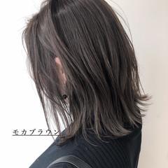 ブリーチなし グレージュ イルミナカラー 透明感カラー ヘアスタイルや髪型の写真・画像
