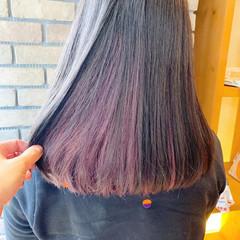 ベリーピンク ピンク セミロング インナーカラー ヘアスタイルや髪型の写真・画像