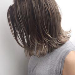 ボブ パーマ ストリート グレージュ ヘアスタイルや髪型の写真・画像