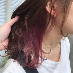 ガーリー ピンクカラー ブリーチオンカラー インナーカラー ヘアスタイルや髪型の写真・画像