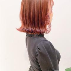 ピンクアッシュ 切りっぱなしボブ ボブ ピンクベージュ ヘアスタイルや髪型の写真・画像