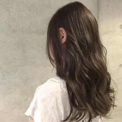 ブラウン ナチュラル ミディアム アッシュ ヘアスタイルや髪型の写真・画像