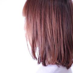 ベリーピンク ナチュラル ラベンダーピンク セミロング ヘアスタイルや髪型の写真・画像