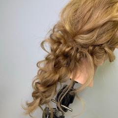 編みおろしヘア 編みおろし ヘアセット フェミニン ヘアスタイルや髪型の写真・画像