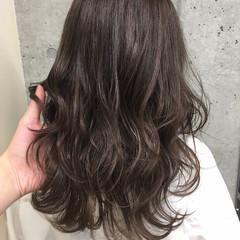 ナチュラル 外国人風 ハイライト 暗髪 ヘアスタイルや髪型の写真・画像